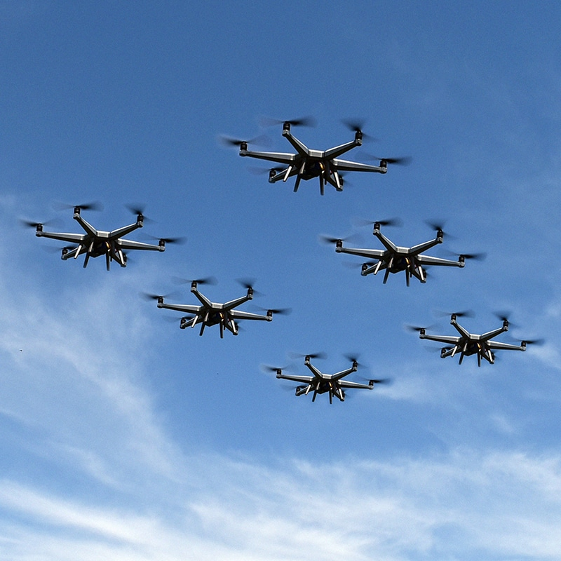 https://www.cratos.co.nz/wp-content/uploads/Hexcopter-formation-flying.jpg